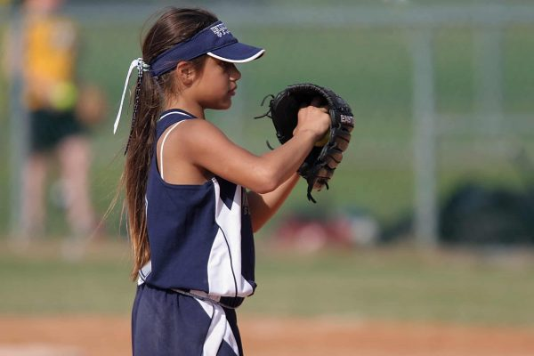 Best Baseball Gloves for 10-Year-Olds